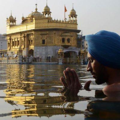 Il tempio d 'oro ad amritsar